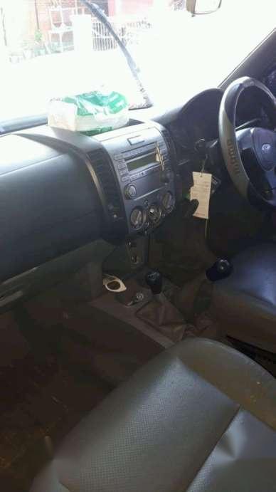 2009 ford ranger base dijual