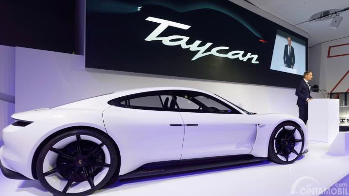 Porsche Siap Kalahkan Tesla untuk Waktu Pengisian Tercepat Kendaraan Listrik
