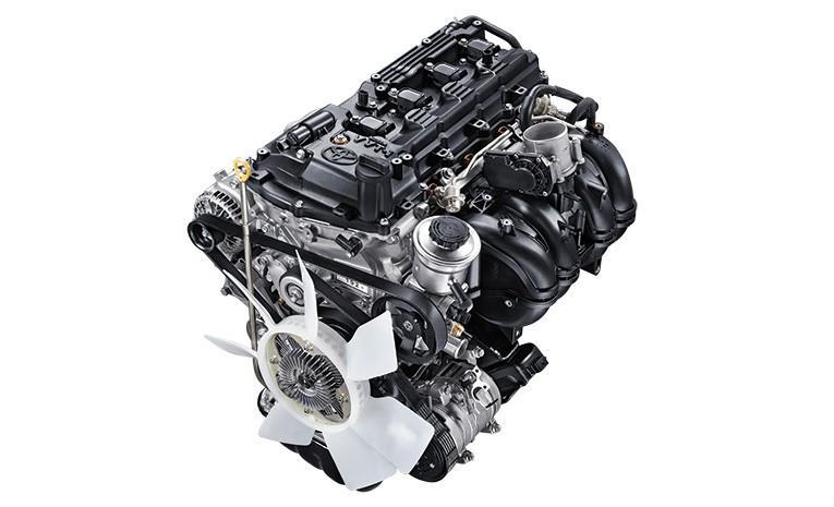 Operasi Mesin Toyota Kijang Innova Q 2018 menggunakan tenaga bensin berkapasitas 1.998 cc