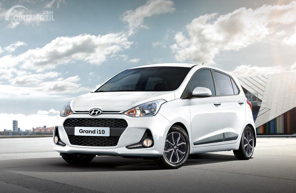 foto produk Hyundai Grand i10x berwarna putih