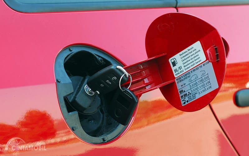 Katup Bahan Bakar bisa menjadi acuan untuk mengetahui perbedaan mesin bensin dan mesin diesel