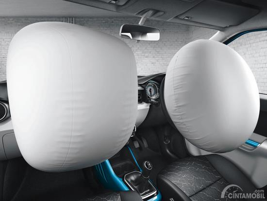 Gambar yang menunjukan airbag Suzuki Ignis Sport Edition 2018