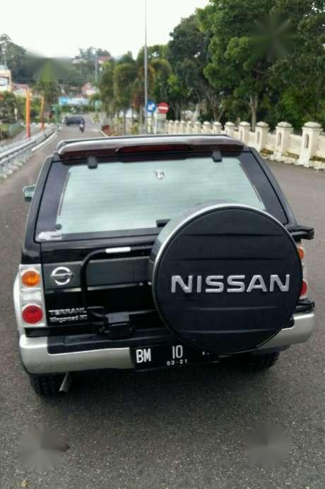 Nissan Terrano Hitam Mulus Mobil Bekas Waa2
