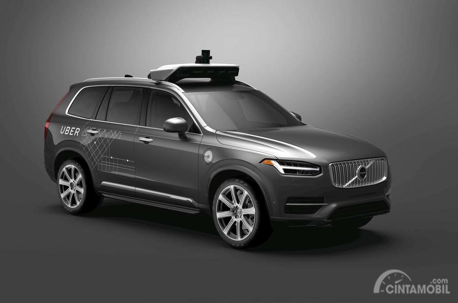 Foto mobil otonom Volvo untuk Uber