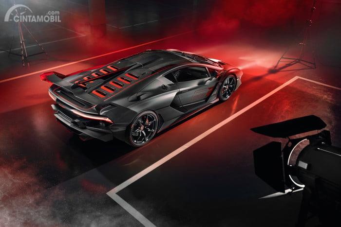 Lamborghini Bergelora, Kenalkan One-Off SC18 dan Lamborghini Urus untuk Balapan