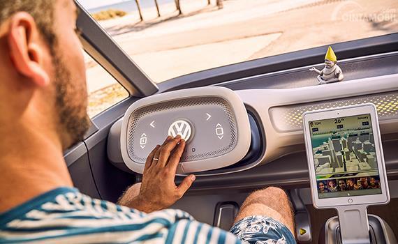 Fitur Volkswagen ID Buzz 2017 menawarkan teknologi Autonomous Driving