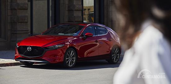 Mazda 3 2019 Hatchback menyuguhkan siluet bodi yang dinamis, elegan dan modern