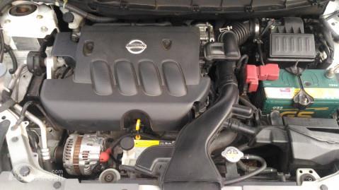 Operasi mesin Nissan Grand Livina X-Gear 2013 mampu menghasilkan daya maksimum 126 PS