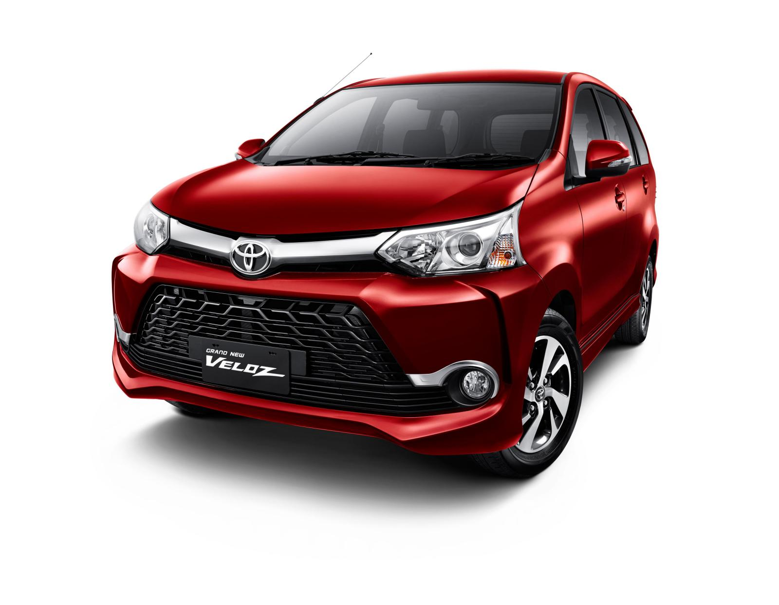 Grand New Toyota Avanza Veloz 2015 berwarna merah