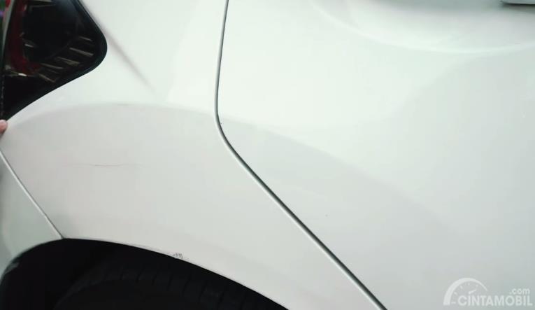 Gambar bodi belakang Honda Brio 2013