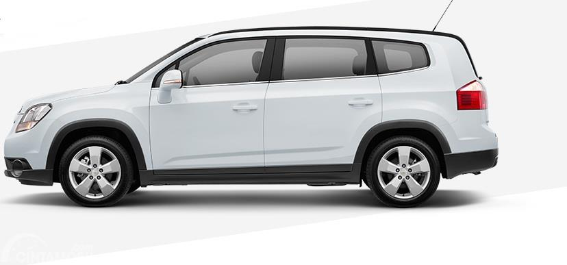 Eksterior samping Chevrolet Orlando 2014 memiliki dimensi Wheelbase yang cukup panjang