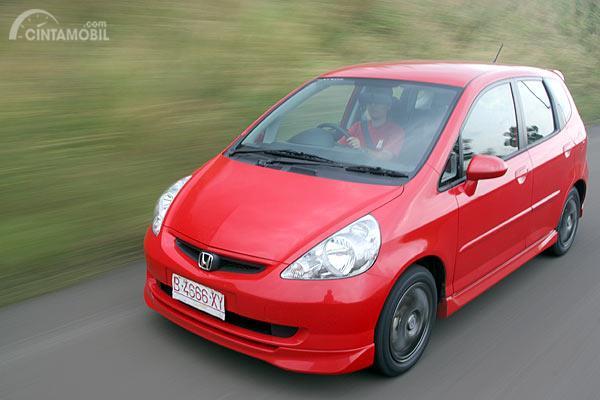 Gambar Honda Jazz VTEC 2005