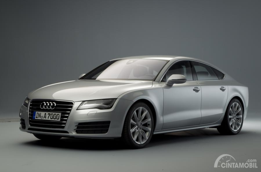 Gambar mobil konsep Audi A7