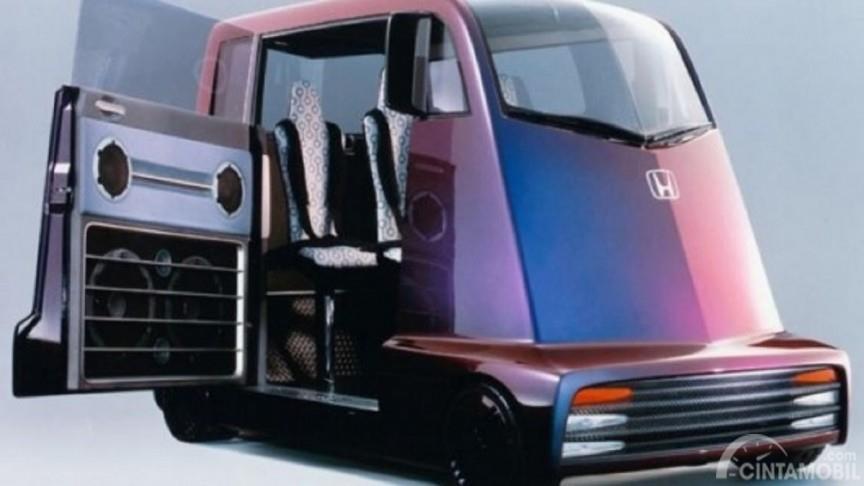 Honda Fuya-Jo sempat dicibir karena bodinya yang kotak