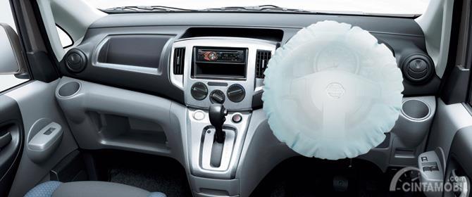 Fitur keselamatan Nissan Evalia 2012 hadirkan berbagai hal lengkap mulai dari pengereman hingga Airbag