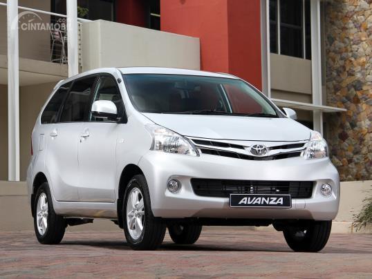 Tahun 2011 akhir generasi kedua Toyota Avanza diperkenalkan