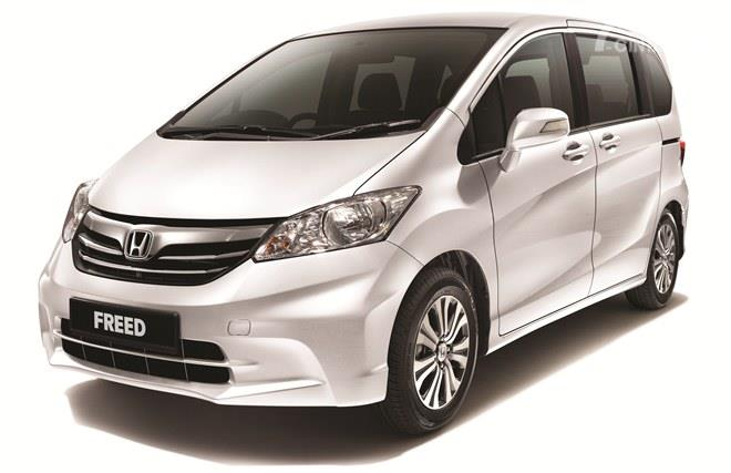 Mirip dengan Toyota Sienta, harga bekas Honda Freed tidak jauh berbeda dengan Toyota Avanza 2019
