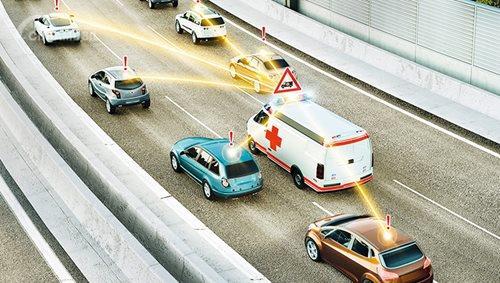 Ternyata Berkendara Dekat Mobil Emergency Harus Ekstra Hati-Hati