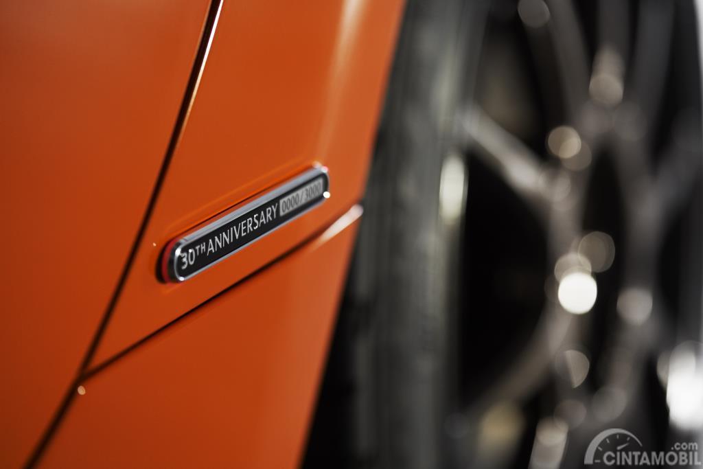 Foto lencana Mazda Miata 30th Anniversary Edition