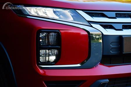 Gambar menunjukkan desain LED Headlamp Mitsubishi Outlander Sport 2019