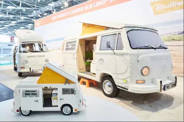 Model Berukuran Asli Lego Volkswagen Type 2 Camper Van Siap Antar Anda Tamasya