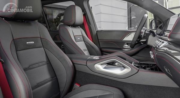 kursi Mercedes-Benz GLE 53 4Matic+ 2019 berwarna hitam