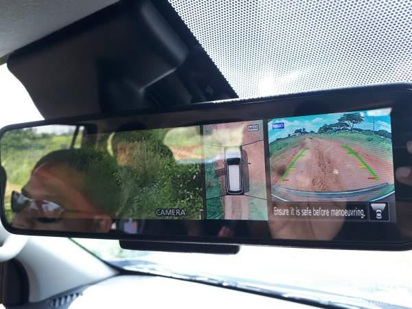 Foto kamera 360 dari mobil Nissan Terra 2019
