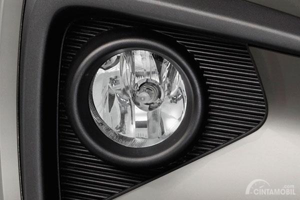 Suzuki Ertiga GL 2019 diberikan ubahan menarik seperti Fog Lamps dan Garnish Head Unit baru