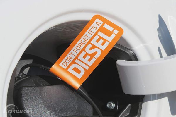Cegah Salah Isi Bahan Bakar Dengan Stiker Petunjuk Bahan Bakar Diesel