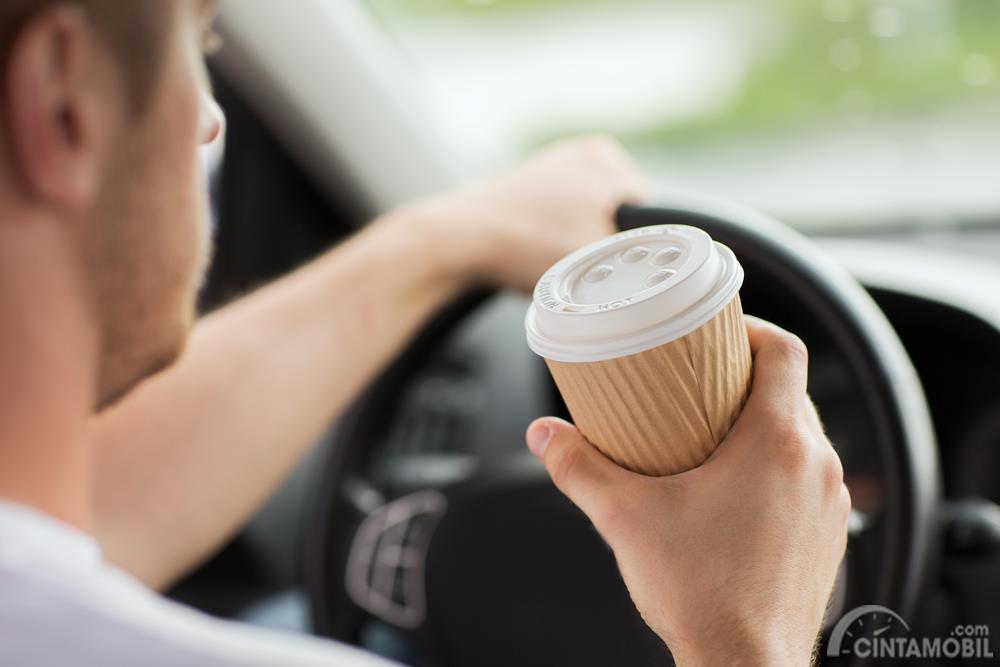 Minum kopi tetap membuat badan lelah dan berbahaya