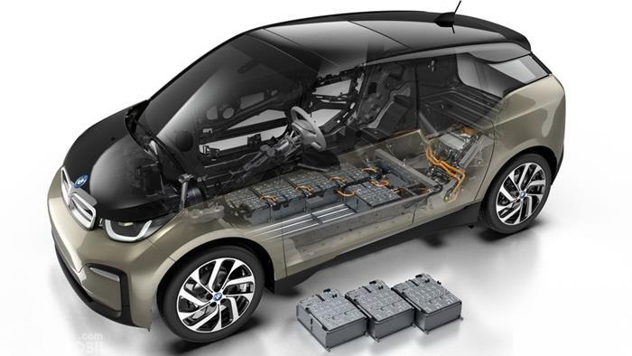 Konstruksi rangka BMW i3 2019 dan visual baterai serta mesin.