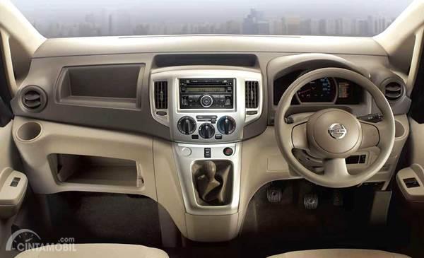 Dashboard Nissan Evalia