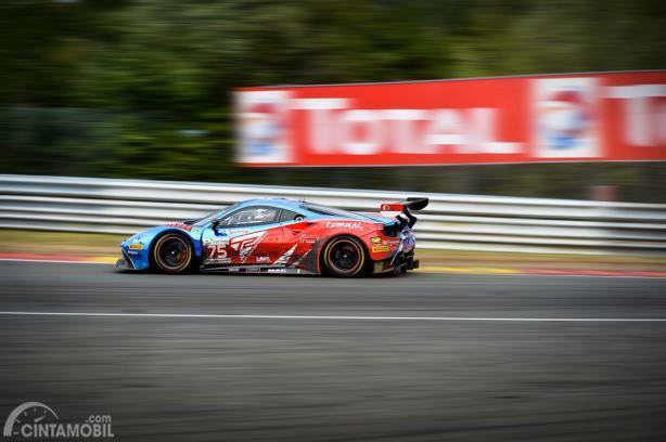 Ferrari 488 Spesifikasi GT3 beraksi di Sirkuit Spa-Francorchamps