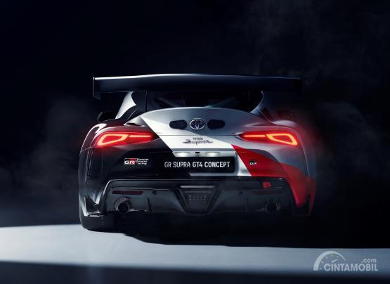 Review Toyota GR Supra GT4 Concept 2019: Gambar menunjukkan bagian belakang Toyota GR Supra GT4 Concept 2019