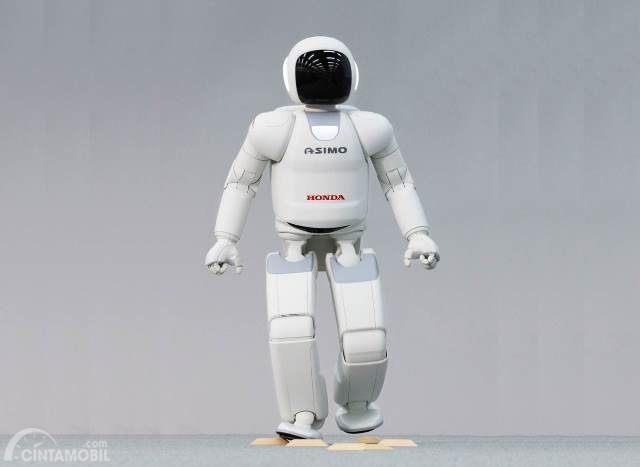 Gambar menunjukkan salah satu produk robot Honda, Asimo