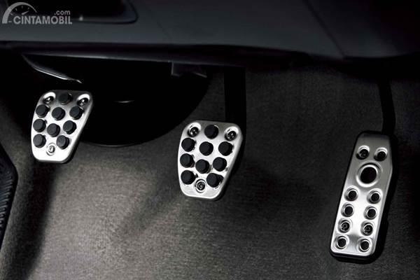 pedal-pedal