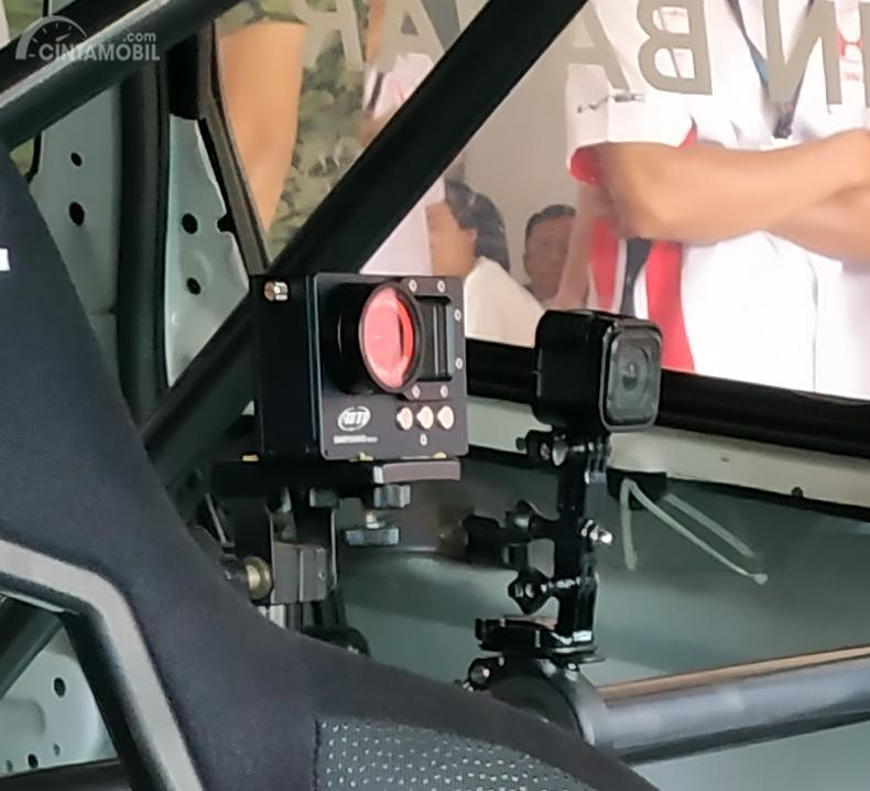 Gambar menunjukkan On Board Camera Honda Jazz 2019 Honda Racing Indonesia