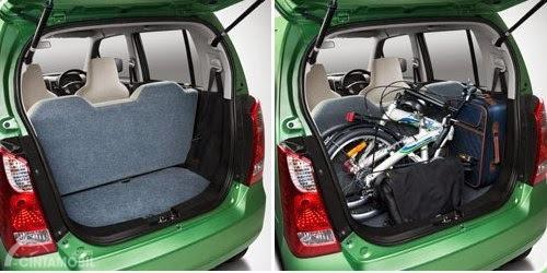 Tampilan belakang Suzuki Karimun Wagon R 2017 saat bagasi terbuka