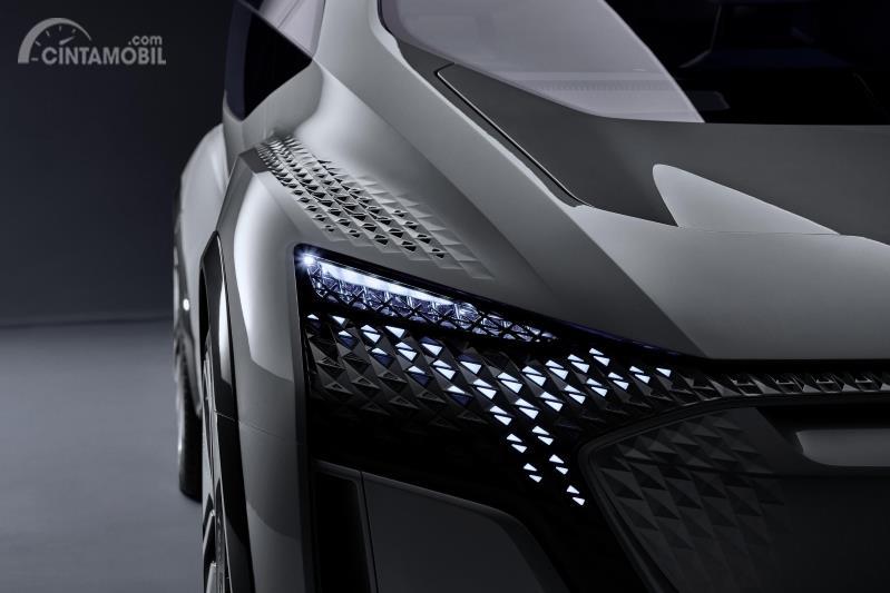 konsep Audi AI:Me berwarna abu-abu dan hitam