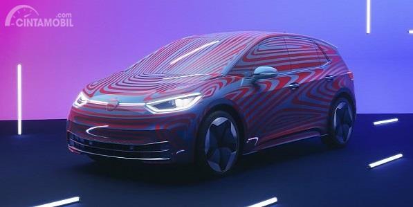tampilan depan Volkswagen ID.3 berwarna warni