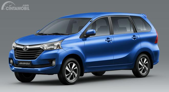 Toyota Avanza hadir dan dinobatkan sebagai mobil sejuta umat oleh masyarakat Indonesia