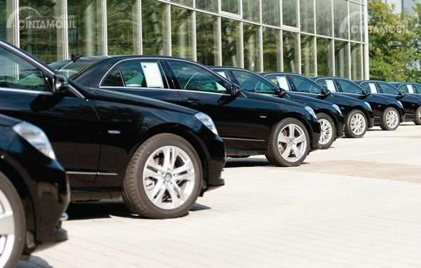Mobil operasional perusahaan atau PT