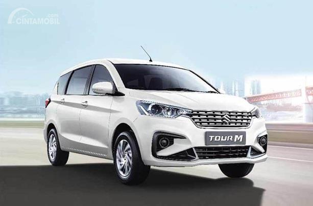 Suzuki Tour M adalah varian terbaru yang berdiri sebagai Suzuki Ertiga taksi