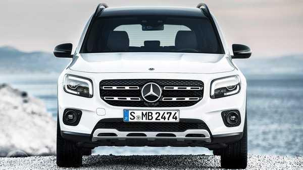 Foto front end Mercedes-Benz GLB 250 4MATIC 2020 berwarna putih