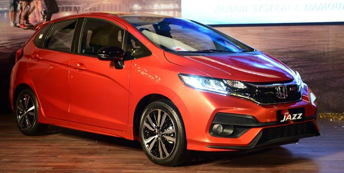 Honda Jazz paling banyak diminati oleh anak muda masa kini, mengingat desainnya yang sporty