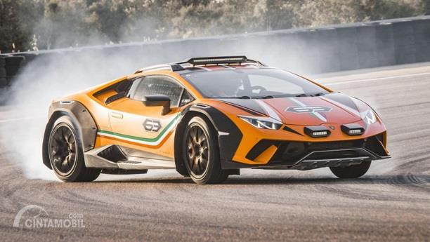Performa mesin Lamborghini Huracan Sterrato 2019 mengikuti jejak dari keluarga Huracan yang menerapkan 5.2 Liter V10
