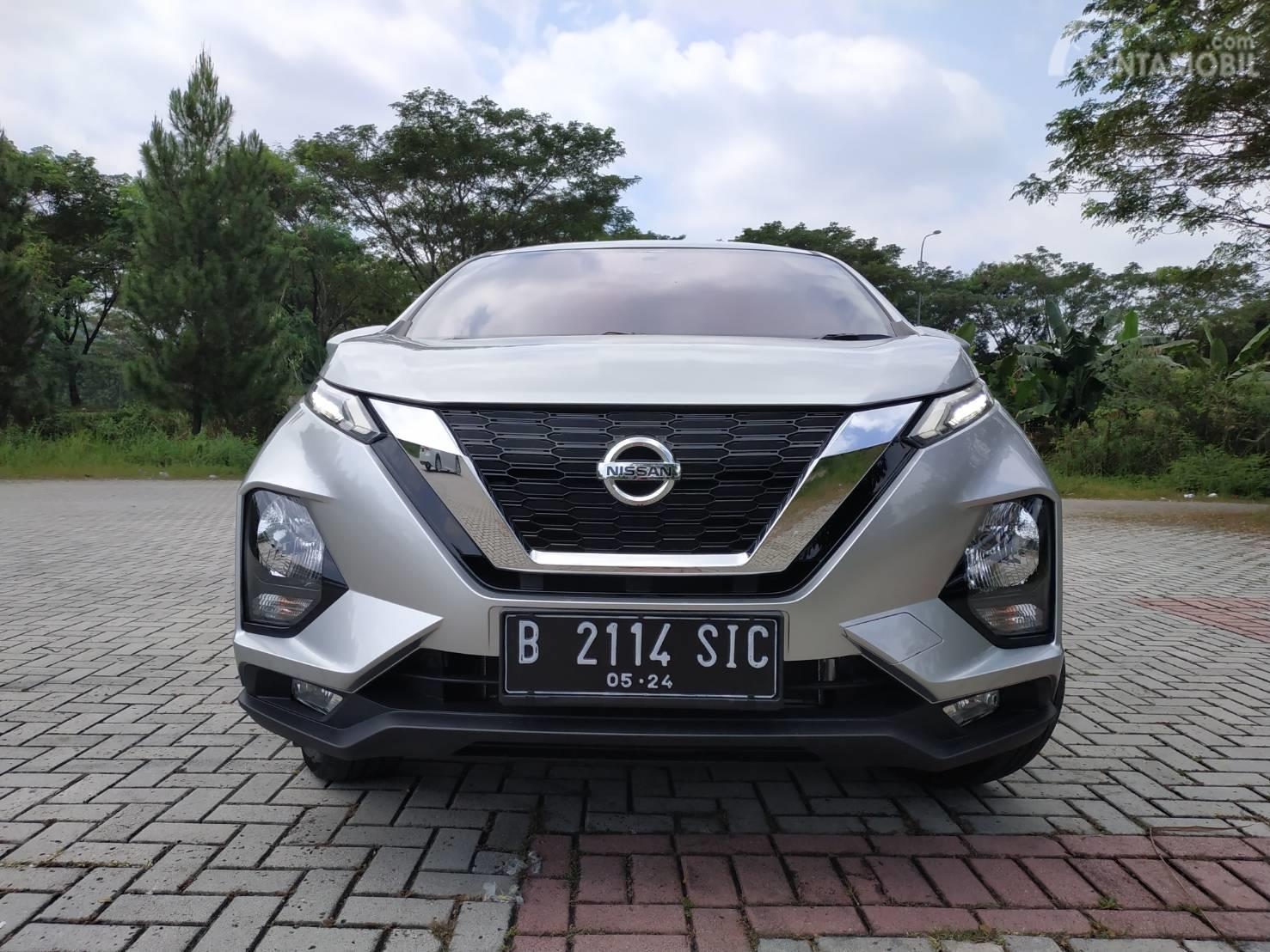 Tampak Grill All New Nissan Livina VE 2019
