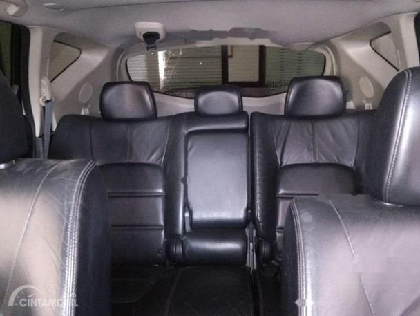 Kursi Nissan Murano 2011 sudah dilengkapi dengan bahan kulit yang nyaman