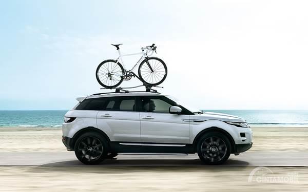 kecepatan mobil dengan bike rack