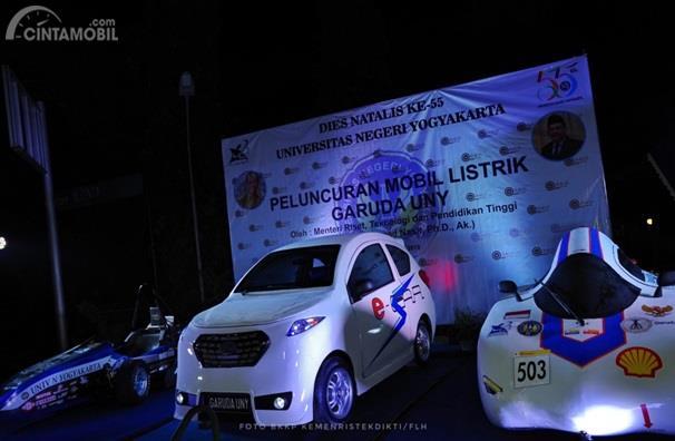Mobil Listrik UNY dipamerkan dalam tiga model di acara Dies Natalis ke-55